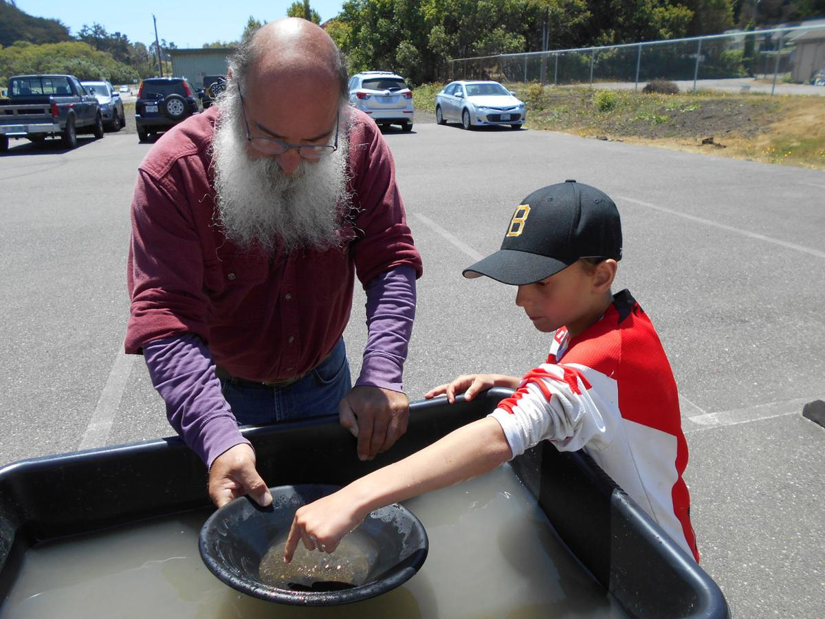 Gold Panning Sundays at Bandon Museum