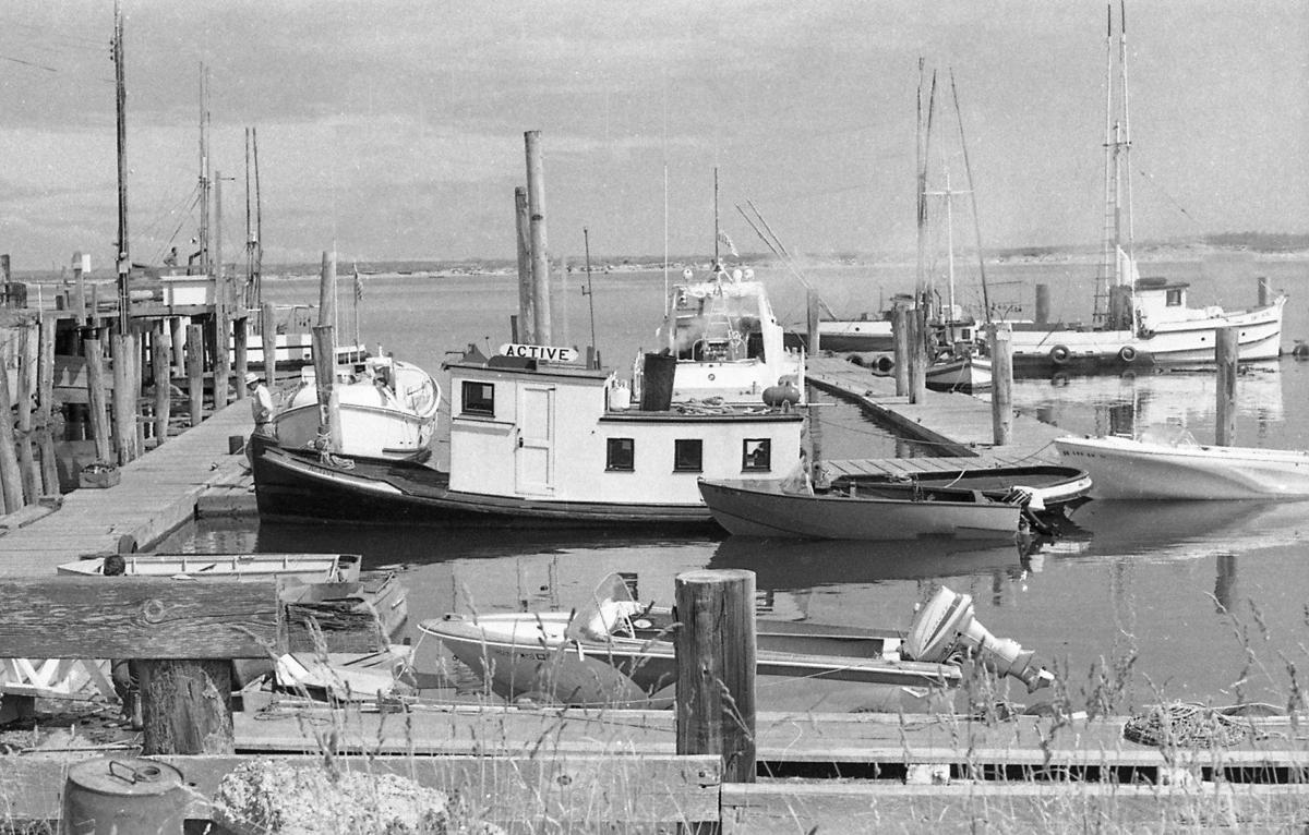 Port of Bandon's tug Active, 1971