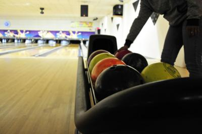 Siuslaw girls, North Bend boys win bowling titles | Local