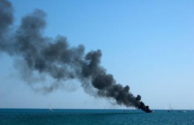 147321268 burning sailboat