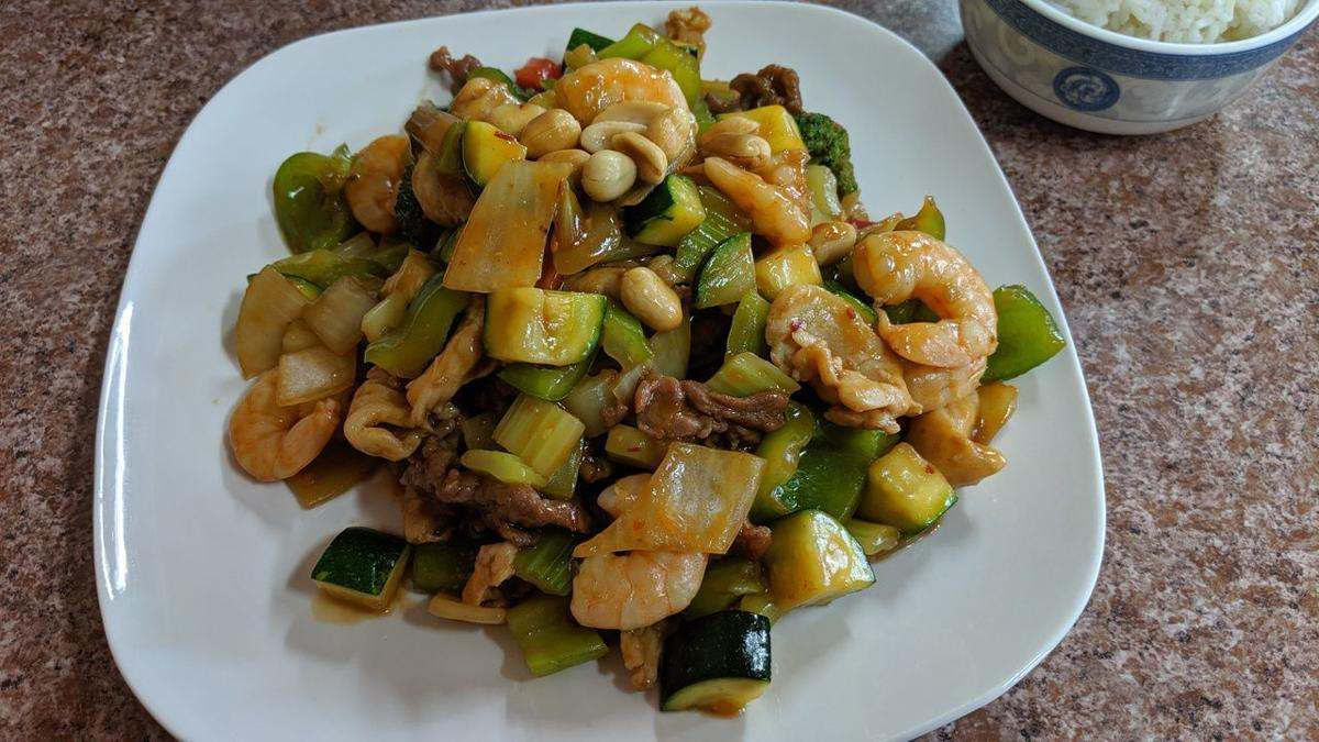 chinese kitchen kung pao deluxe