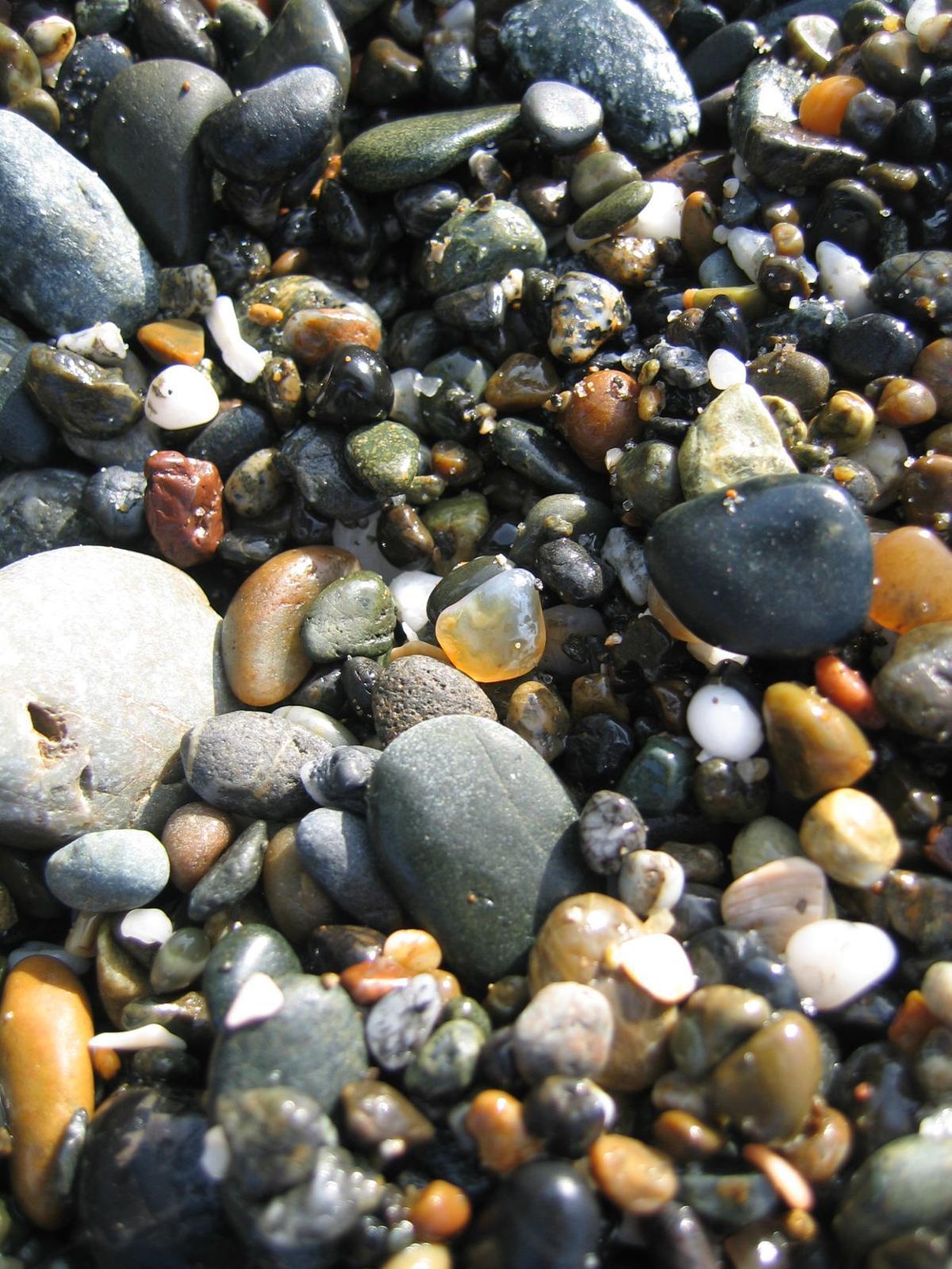 agates jasper bandon beach