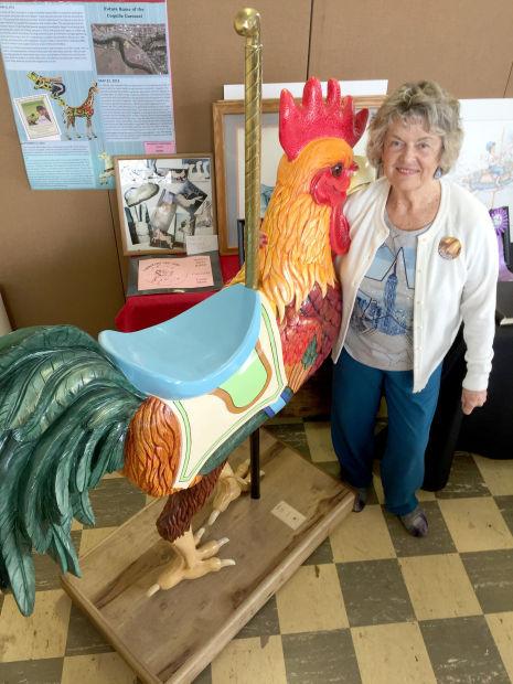 Carousel Chicken Linda Short