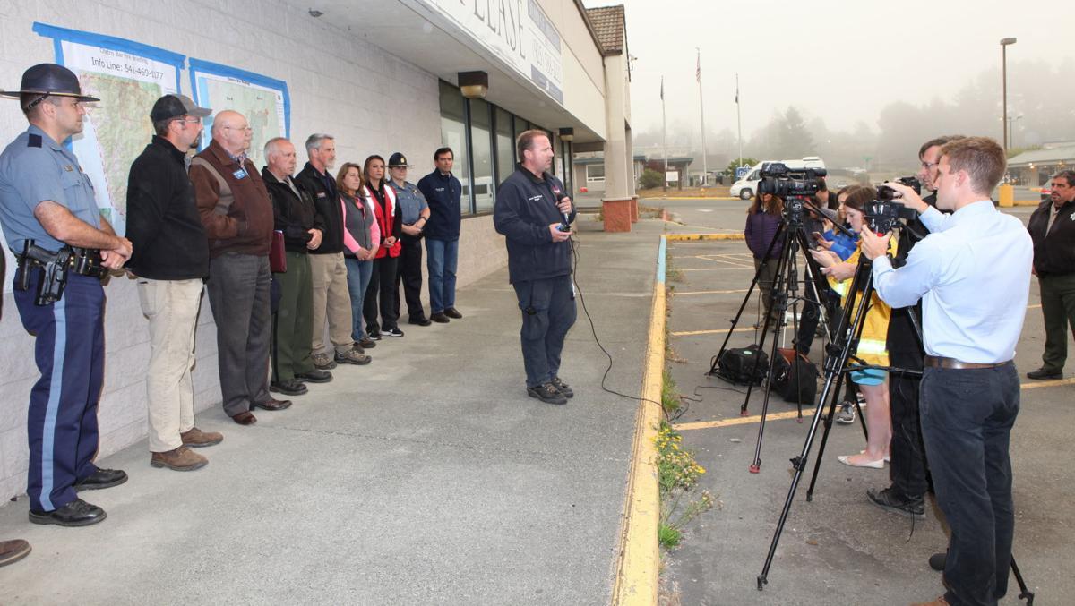Chetco Bar Fire press briefing