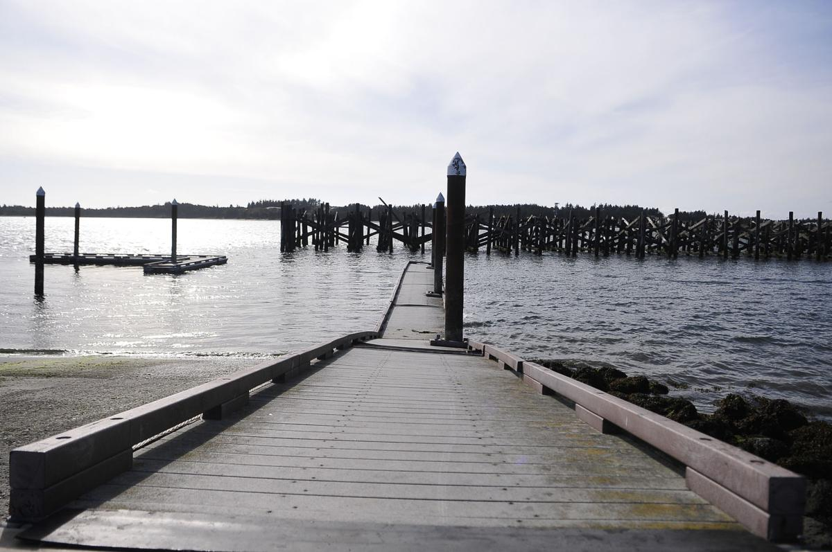 Dock 2