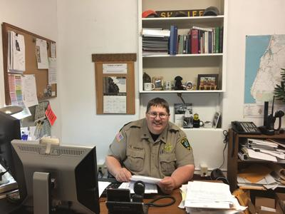 Coos County Sheriff's Office Captain is retiring after 20 years of service
