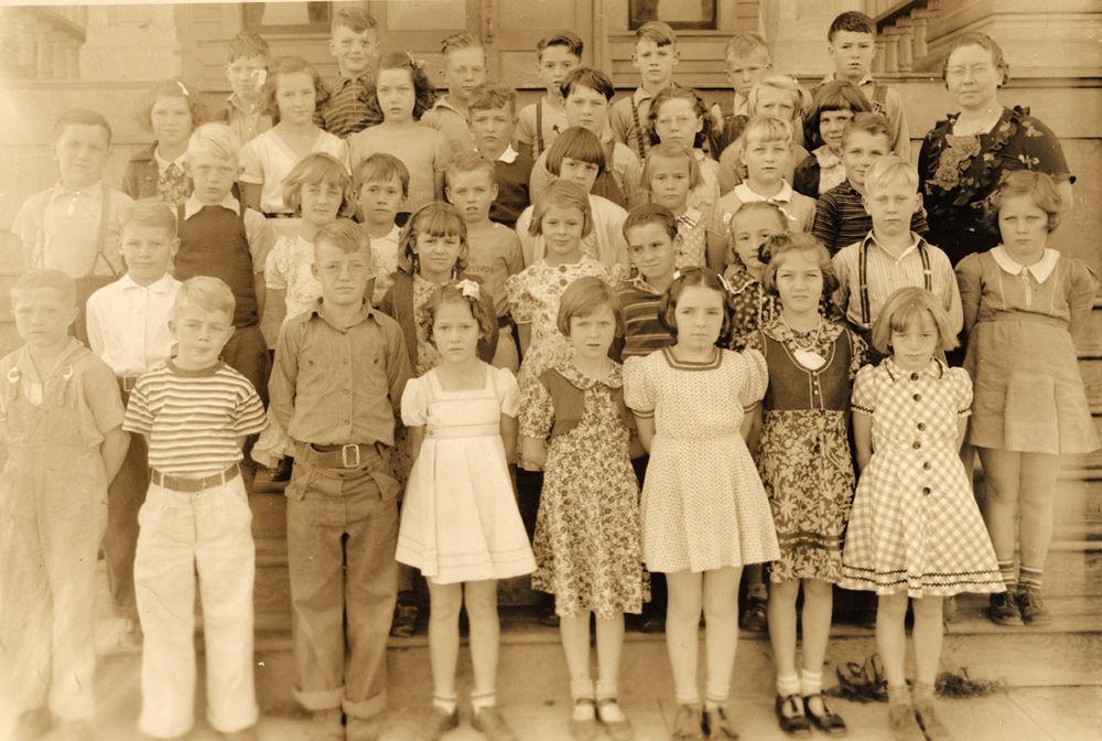 Helen Farley's third grade class, 1939