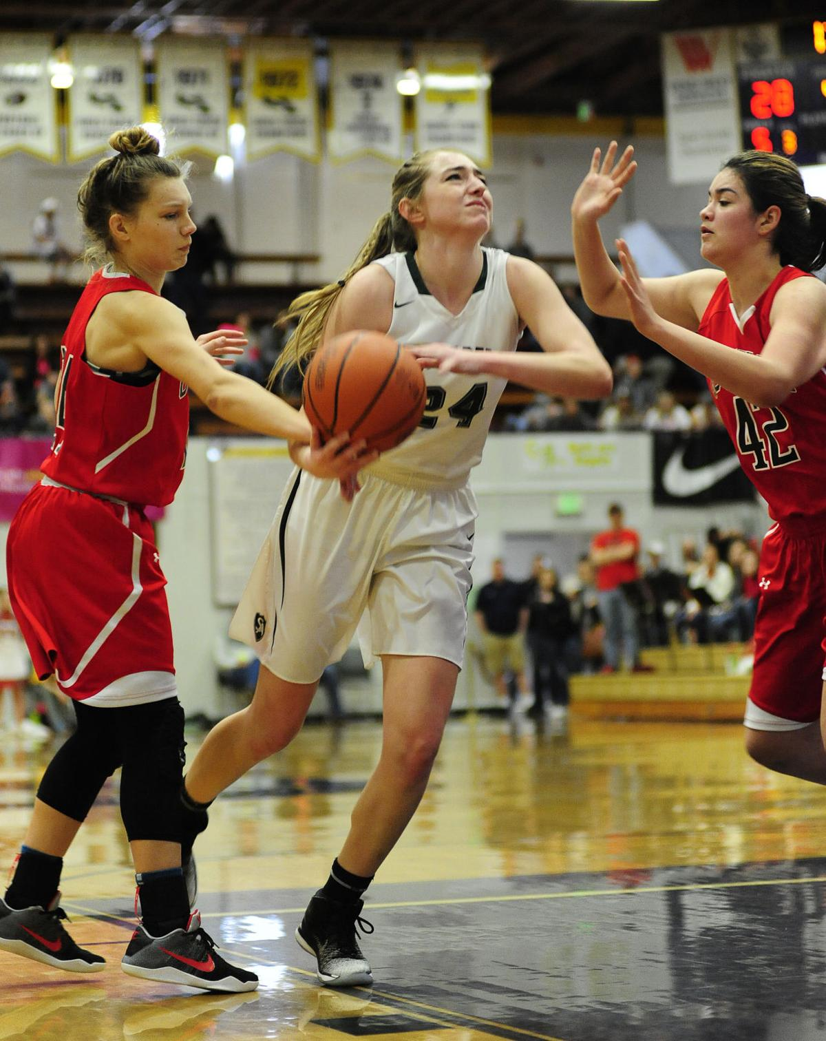 Salem Academy takes third, Coquille fifth