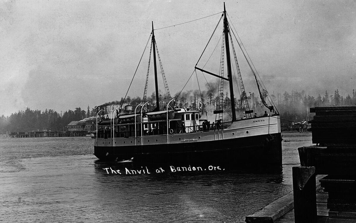 The gas steamer Anvil
