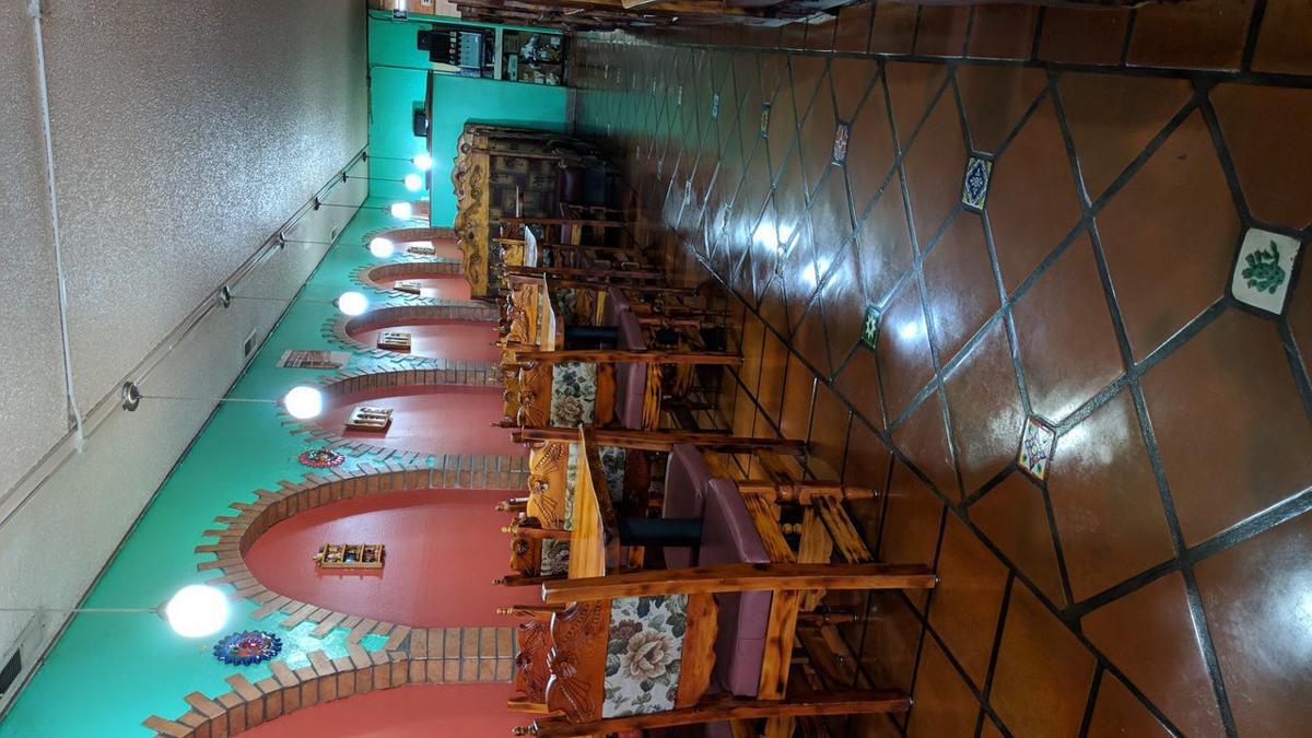 El Tapatio: Interior