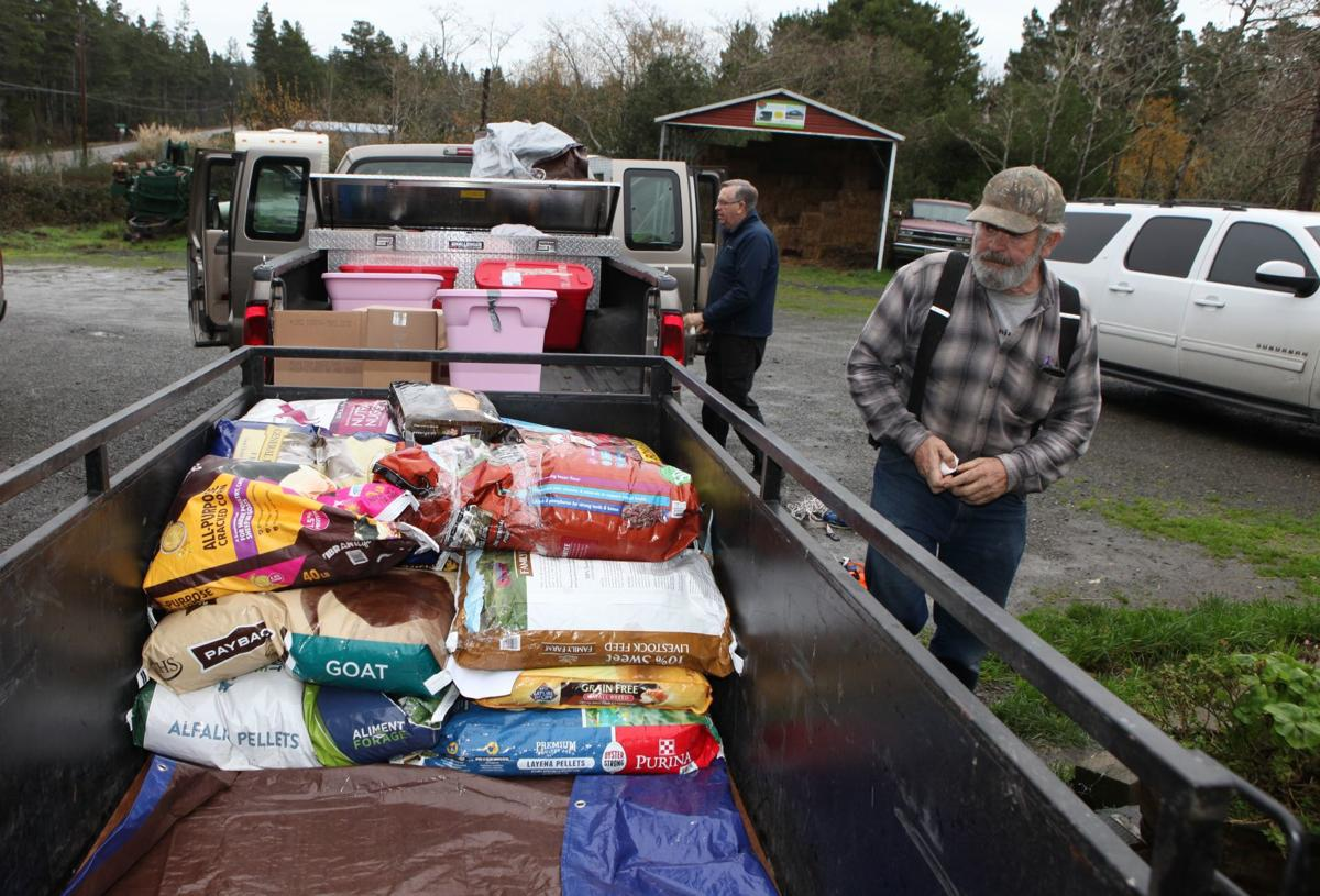 Bandon Animal Rescue sends supplies to Camp Fire victims