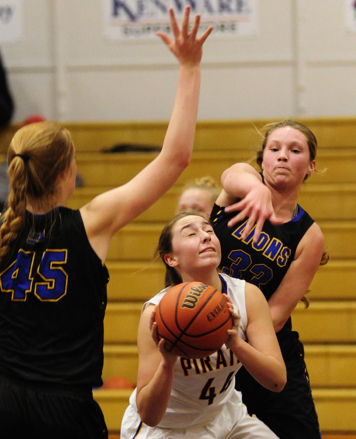 Marshfield takes down Cottage Grove