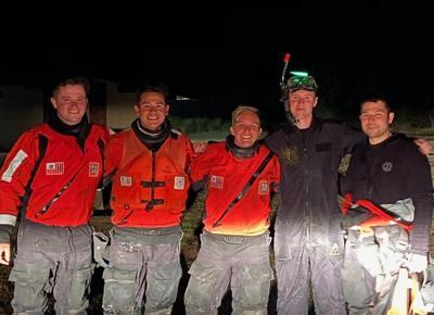 Coast Guard rescue Yaquina Bay