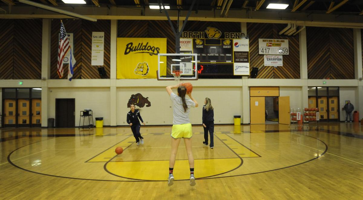 Girls 3-point challenge