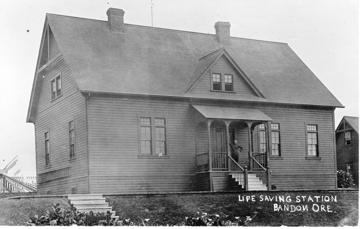 Bandon's life saving station circa 1911