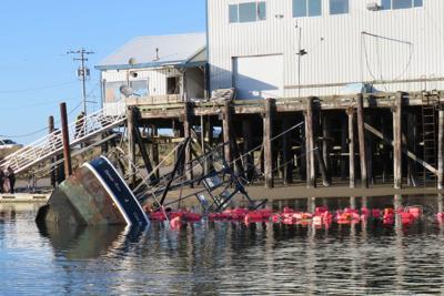 Fishing vessel sinks in Charleston Marina
