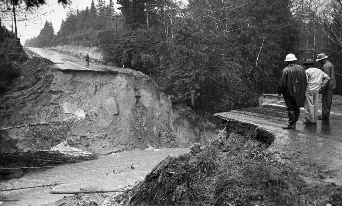 February 1961 Highway 101 south washout