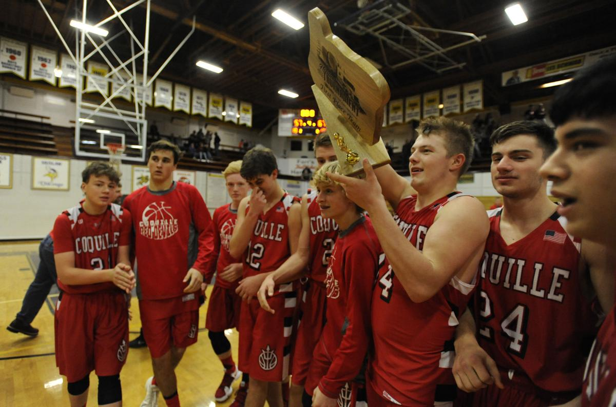 Coquille tops Marshfield, wins tournament 67-57
