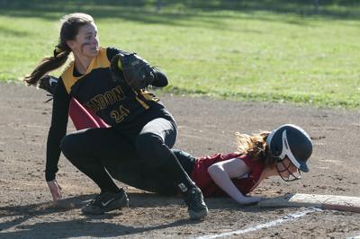 Big inning boosts Reedsport to softball win in Bandon