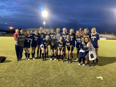 Soccer seniors battled on field, excelled in classroom