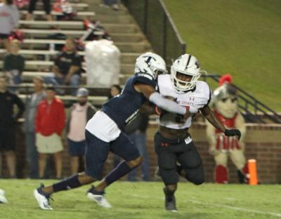 Run game shut down, but Lee County takes win