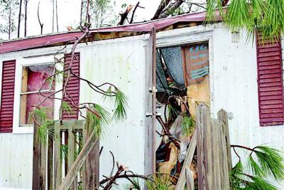 Weak' tornado, straight line winds cause damage | Archives ... on johnson mobile homes, summerville mobile homes, morgan mobile homes, howard mobile homes, midway mobile homes, norcross mobile homes, mississippi mobile homes, griffin mobile homes, cordele mobile homes, white mobile homes, savannah mobile homes, smith mobile homes,
