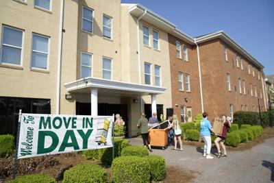 Freshmen recently began moving into ABAC Lakeside in preparation for the start of the ABAC fall semester.