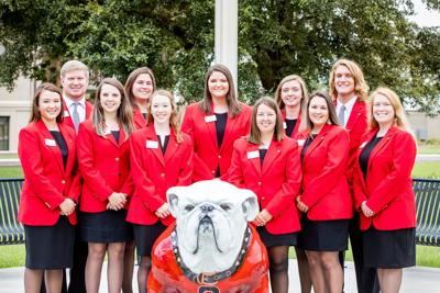 UGA-Tifton ambassadors in the front of campus.