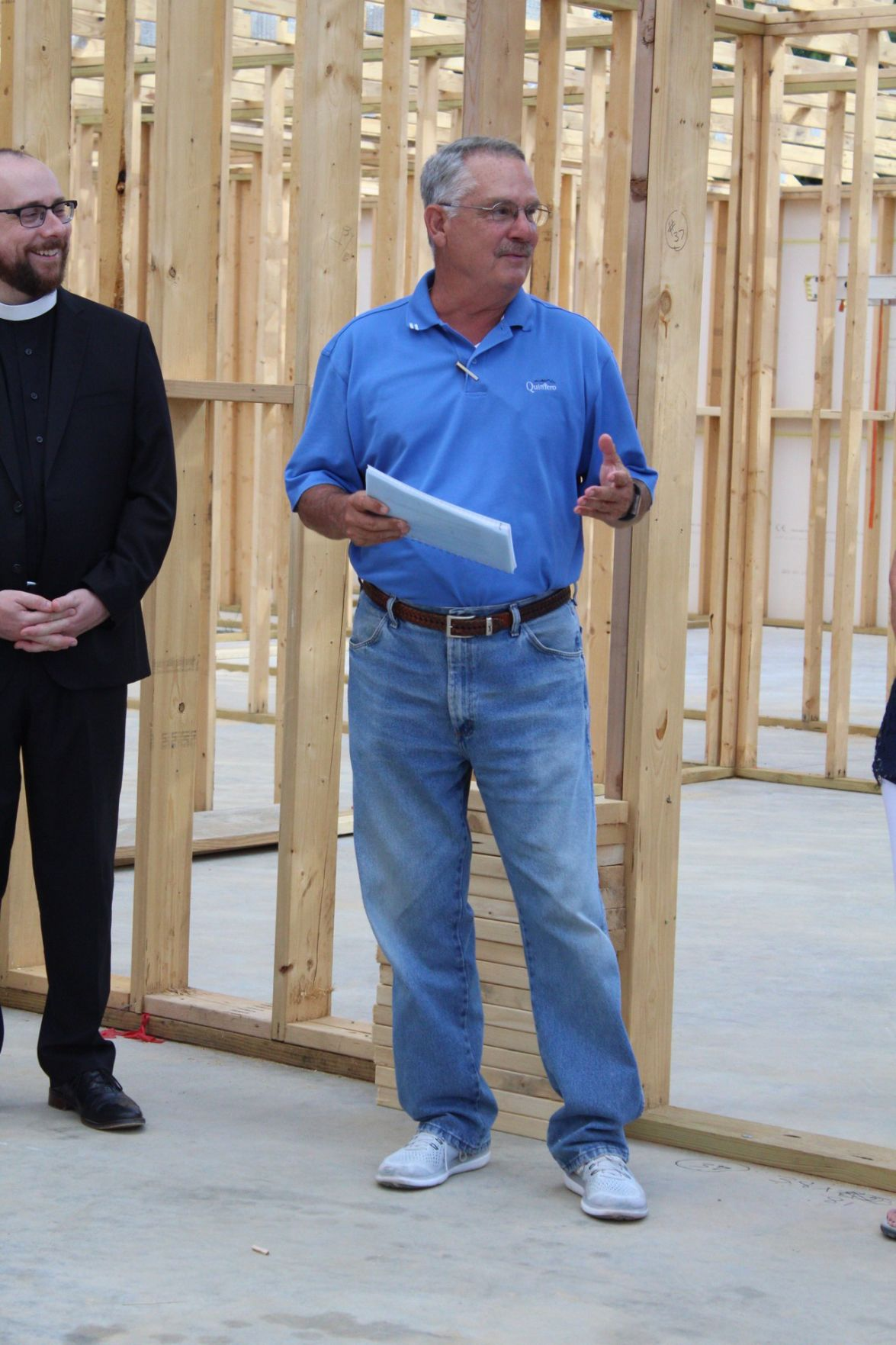 Ruth's Cottage President, Jim Laycock started the beam signing off by introducing himself and the preacher that blessed the new building.