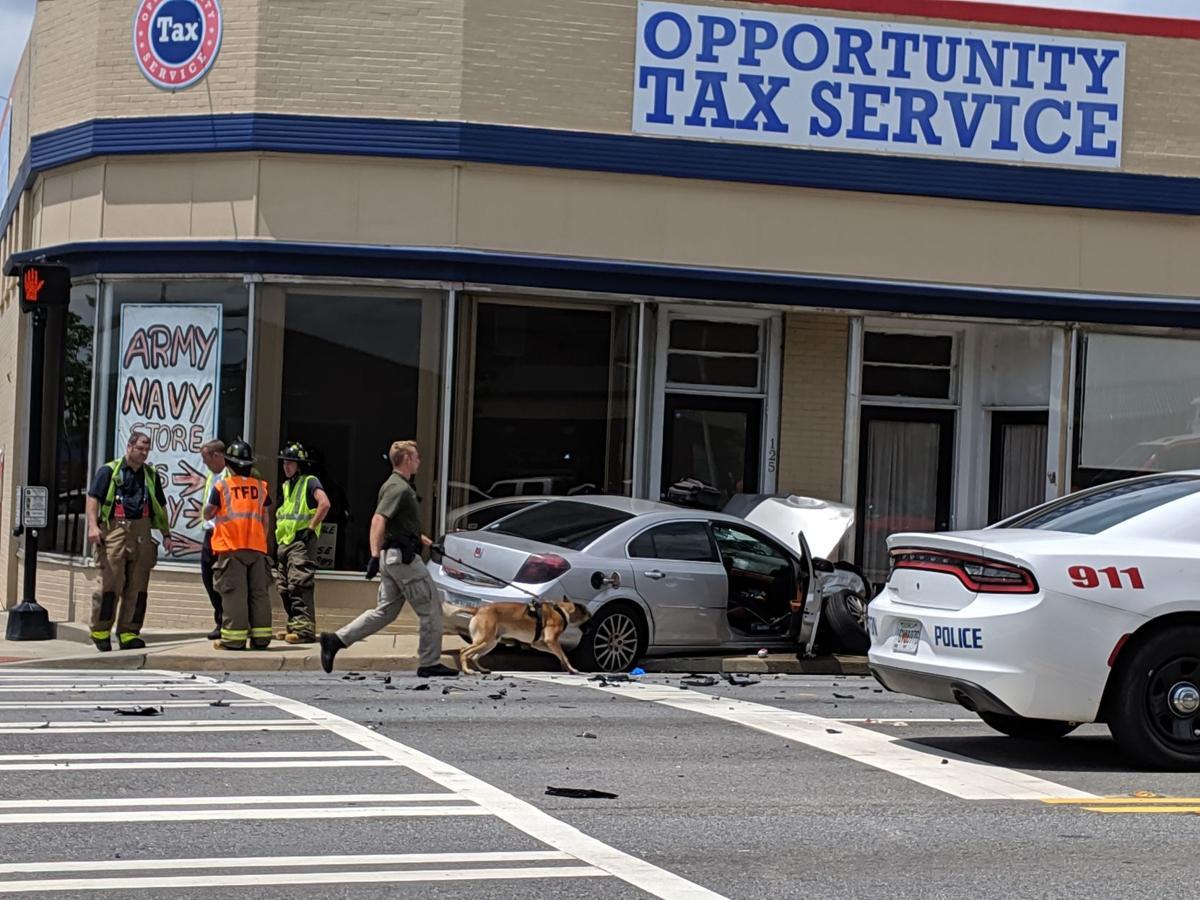 6:21 Commerce accident 2.jpg