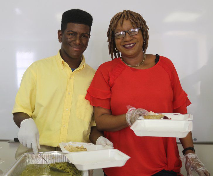 Feeding the community: Residents benefit from Thanksgiving Fest