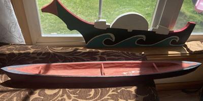 Model river canoe