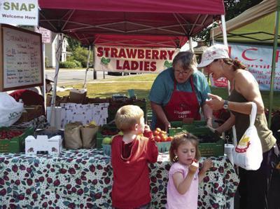 FarmersMarketStrawberries.jpg