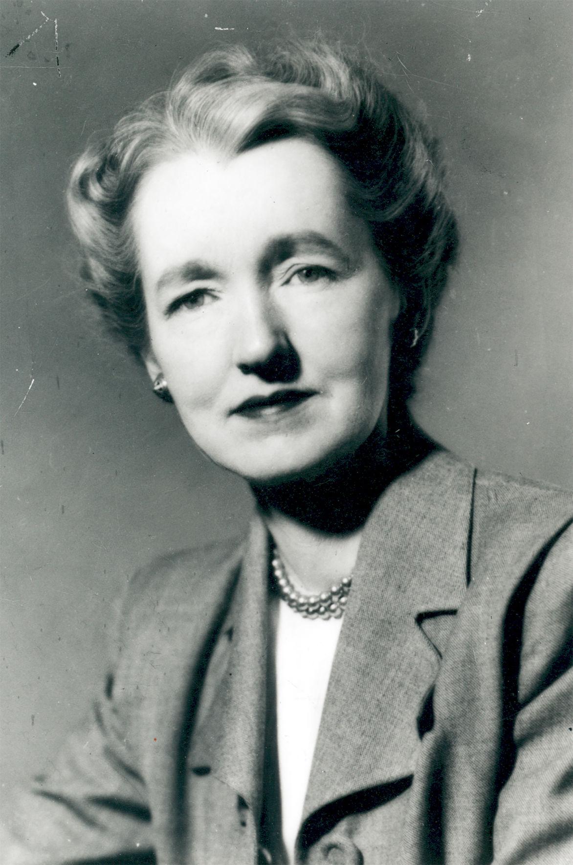 Dorothy McCullough Lee