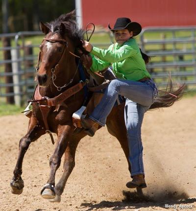 Geraldine seventh-grader qualifies for rodeo finals