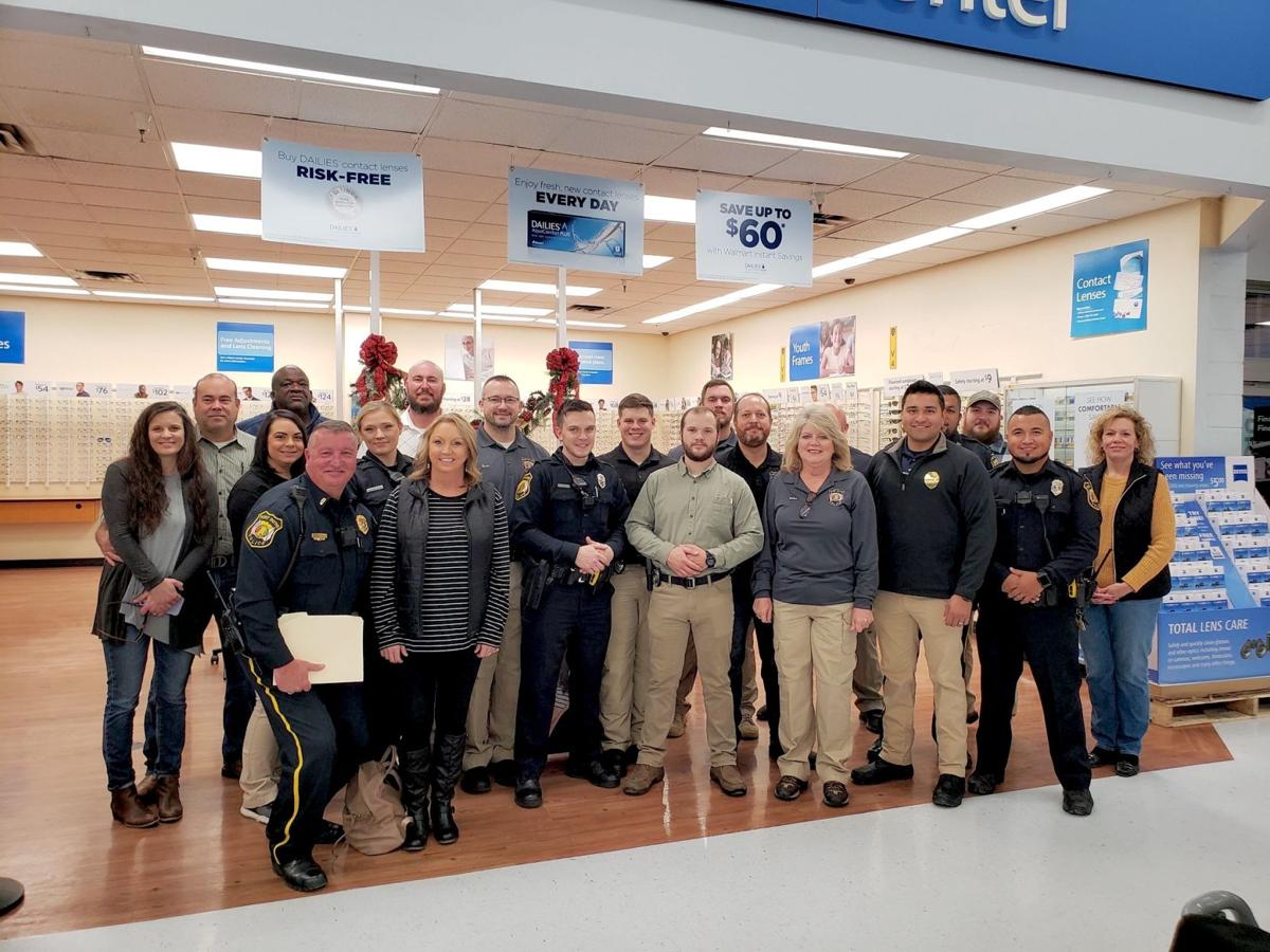 Fort Payne hosts second Shop with a Cop event