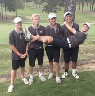 Wildcat golf team advances to state tournament