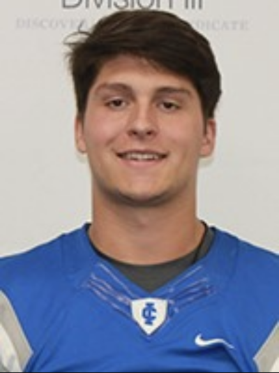 Hilley starts junior season strong at Illinois College
