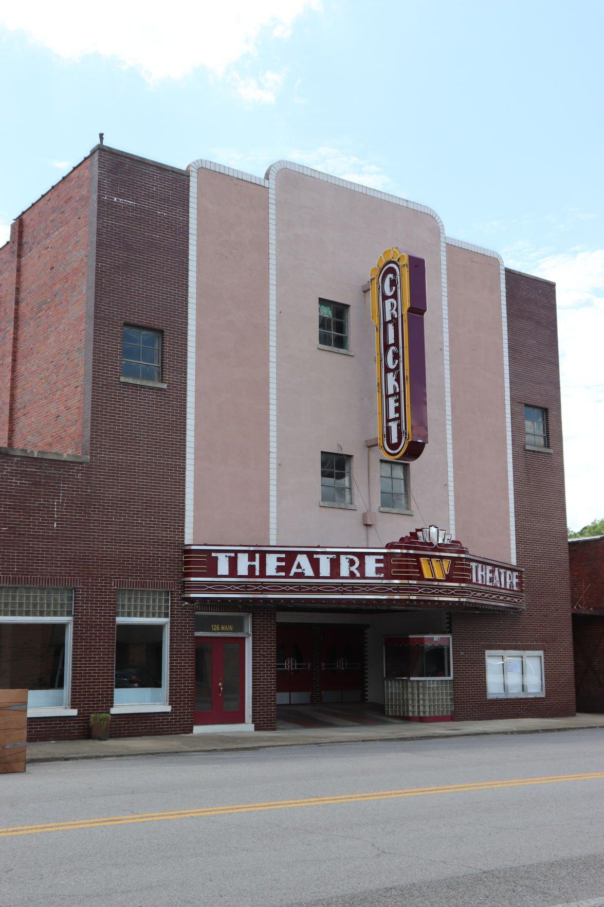 Cricket Theatre hosts bicentennial event