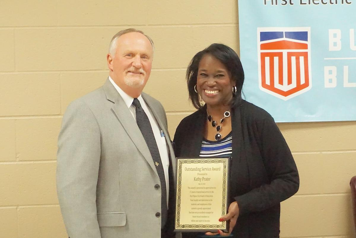 Fort Payne presents Employee of the Year awards