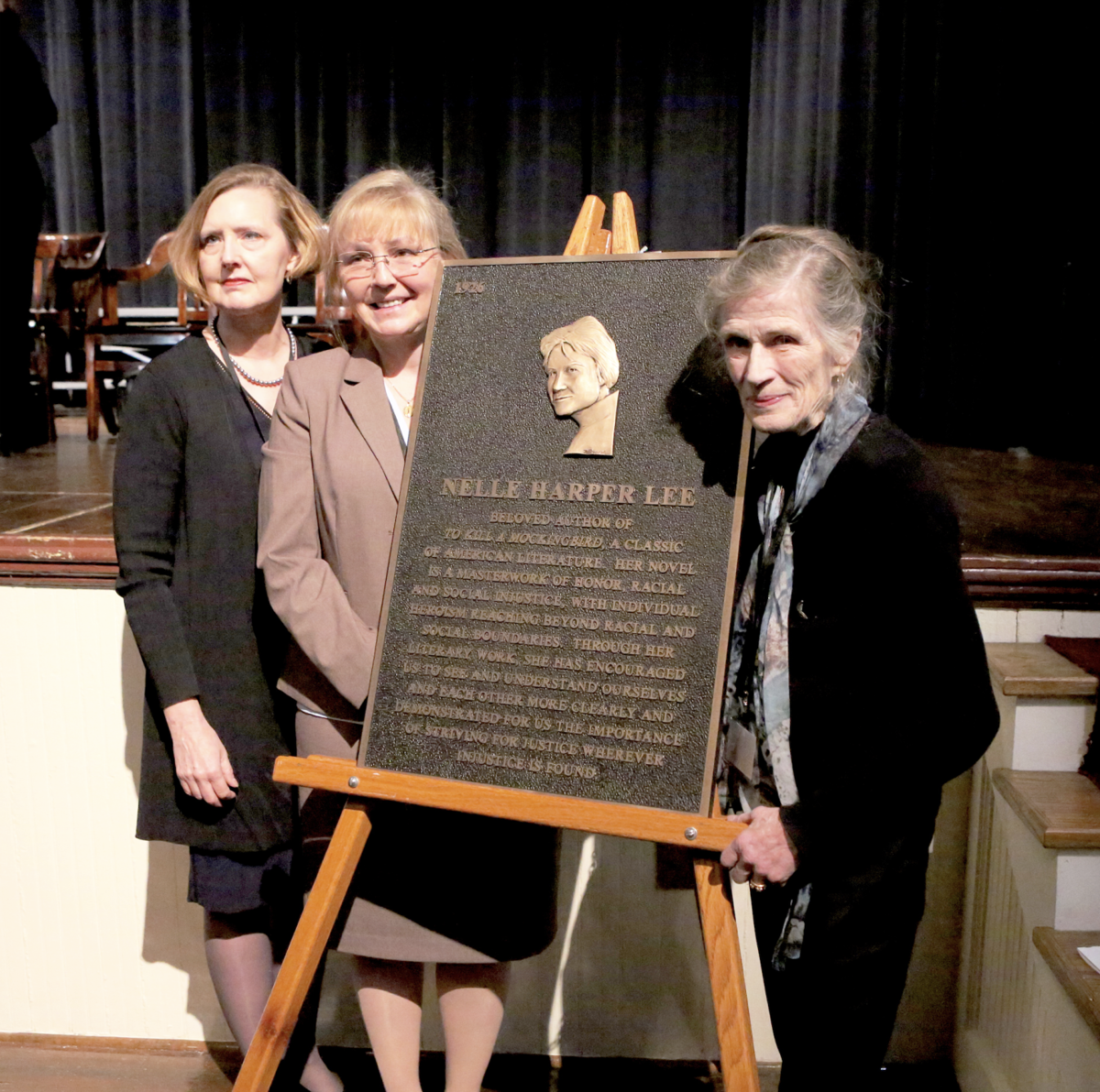 """""""To Kill a Mockingbird"""" author honored by state"""
