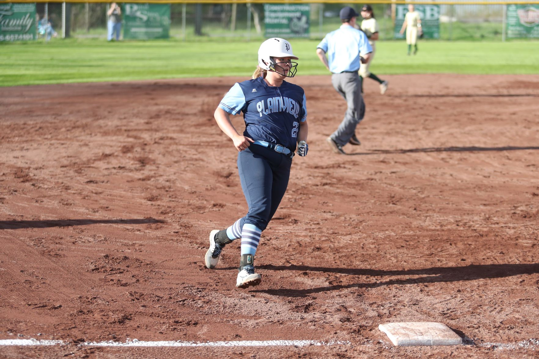 Best in the state: 7 local players, 1 coach honored on all-state softball team