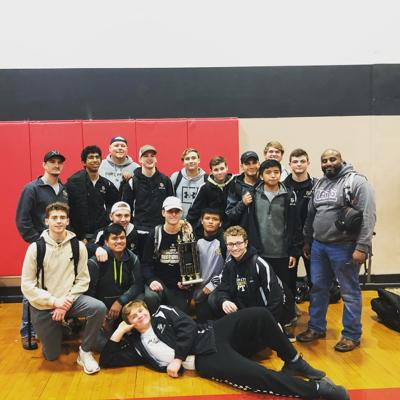 Wildcats place 3rd at Opelika duals