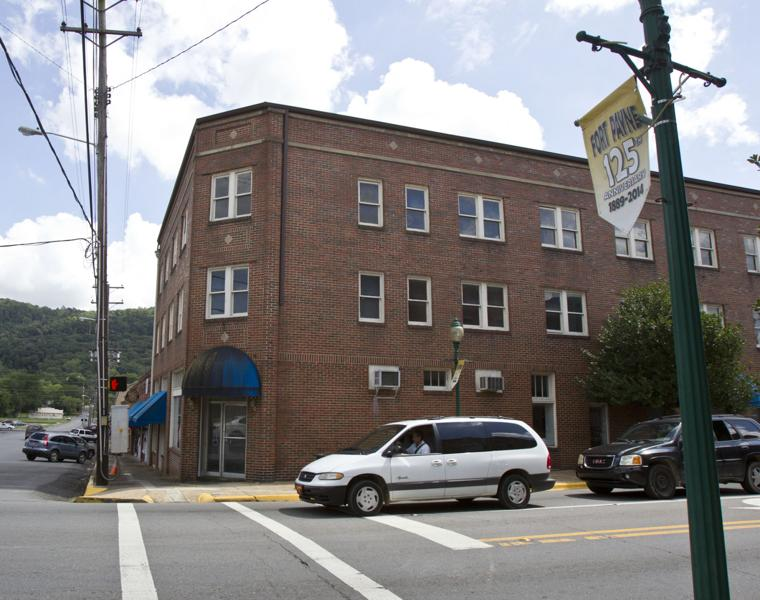 Old Quinn Hotel In Downtown Fort Payne