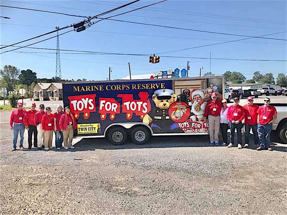 Toys for Tots raises $1,400 in Dogtown, looks forward to next fundraiser at Walmart