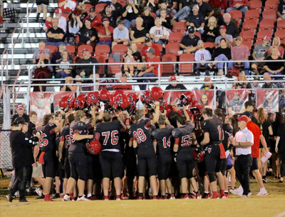 Fyffe tops Plainview, wins 50th game in a row