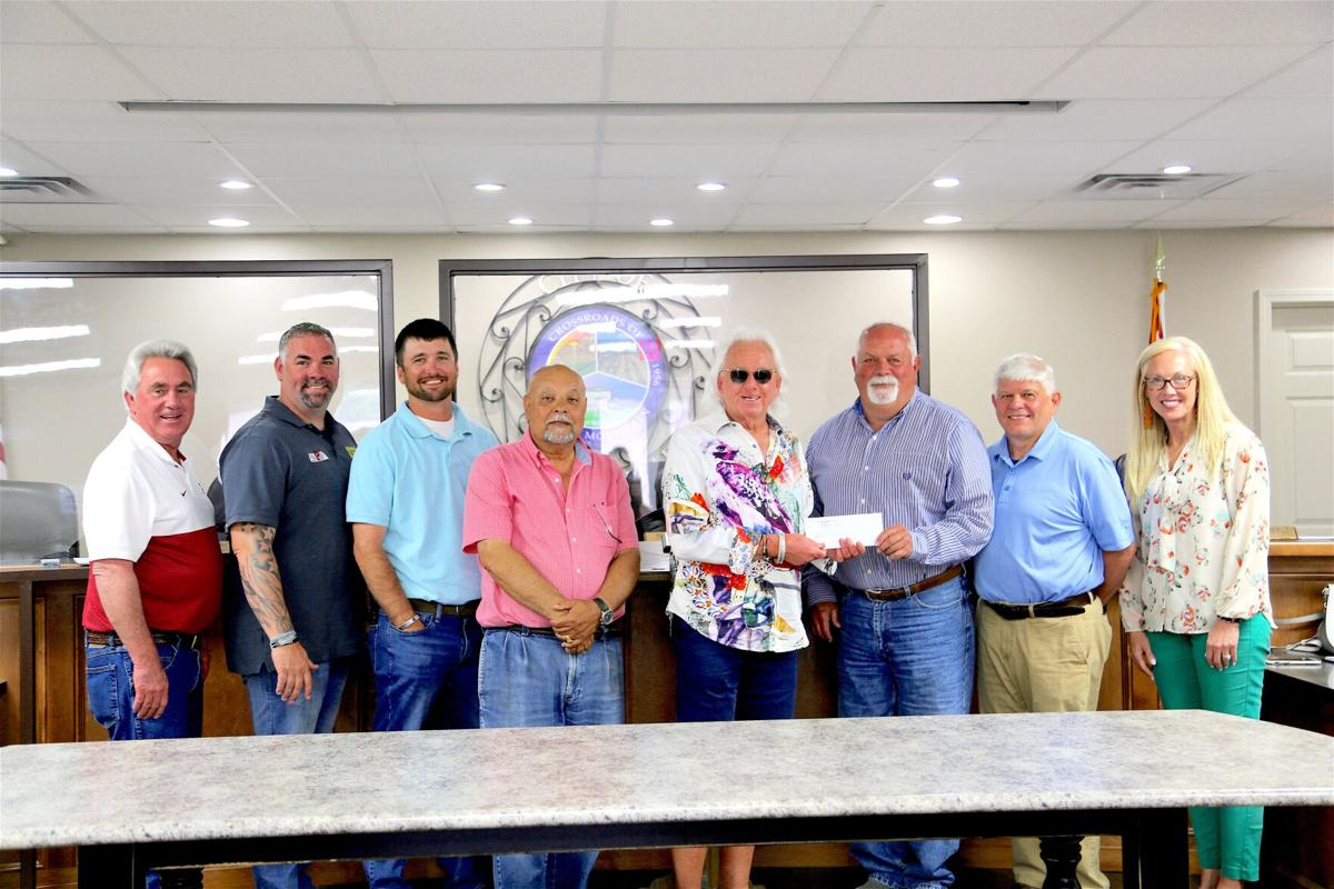 Local runners recognized at Rainsville Council meeting, given sponsorship for Freedom Run
