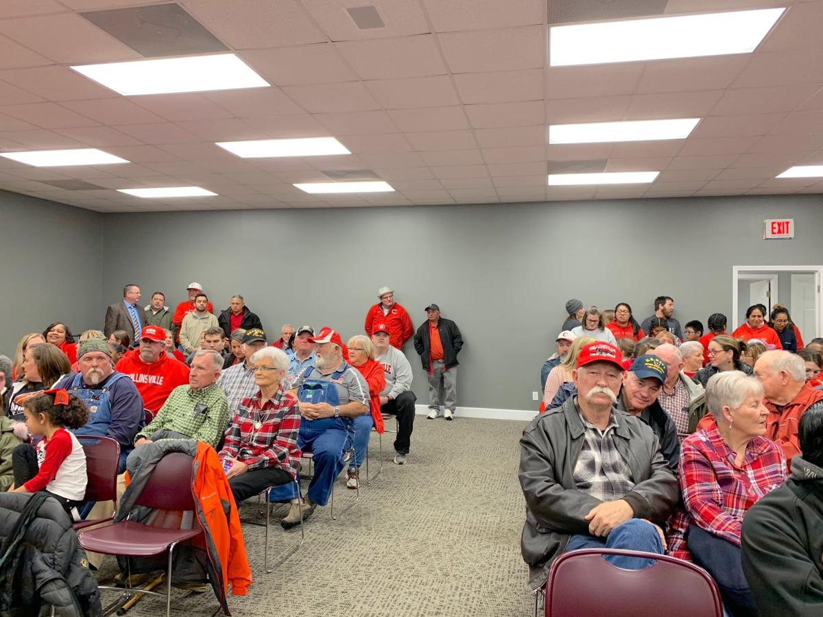 Collinsville residents attend meeting to ask for repairs to school, new gym