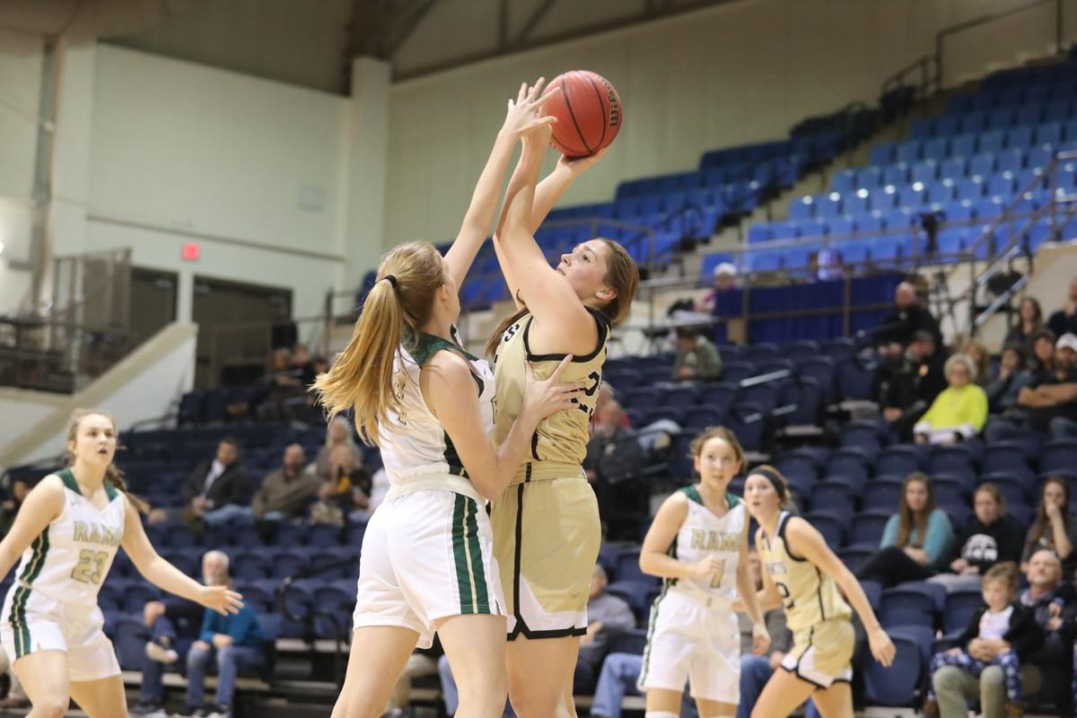 Chapman's 27 points helps  No. 5 Hornets rally past No. 4 Rams