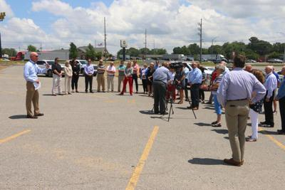 Albertville officially welcomes Food City
